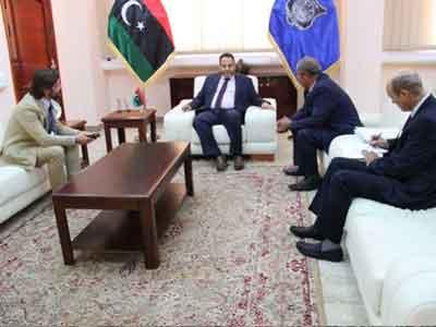 وزير الداخلية المفوض يجتمع مع مندوب عن وزارة الخارجية الفرنسية