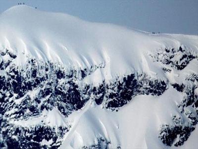 ذوبان جليد القمة الجنوبية لجبل كيبنكايس أعلى قمم السويد