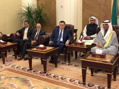 رئيس المجلس الرئاسي يزور مجلس الأمة الكويتي