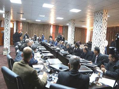 وزير التعليم يجتمع مع مراقبي التعليم بالبلديات بترهونة