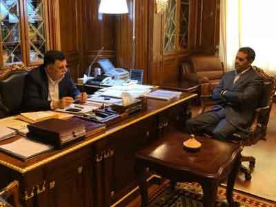 رئيس المجلس الرئاسي يجتمع مع رئيس مفوضية الانتخابات