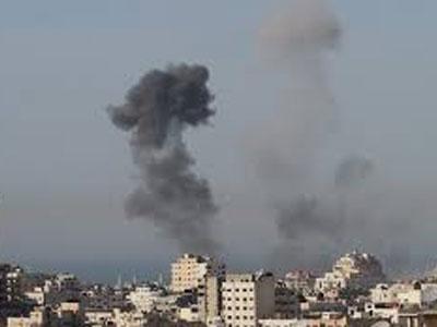 طائرات الاحتلال الصهيوني تقصف شرق رفح جنوب قطاع غزة