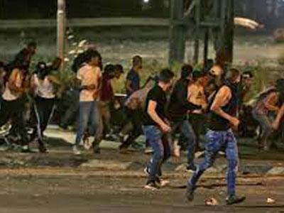 تصاعد المواجهات بين الفلسطينيين وعساكر الاحتلال