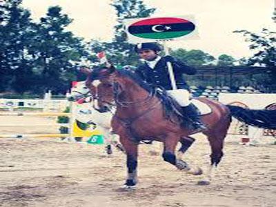 الفارس عبد الوهاب مليطان يفوز بكأس بطولة الكرم الدولية بتونس