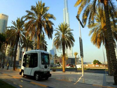 تدشين اول خدمة حافلات مسيرة آليا في دبي