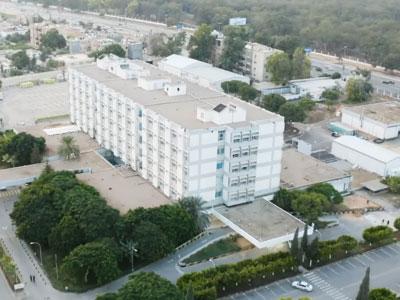 صيانة وتجهيز متكامل لقسم الإسعاف والطوارئ بمستشفى الهضبة الخضراء بطرابلس